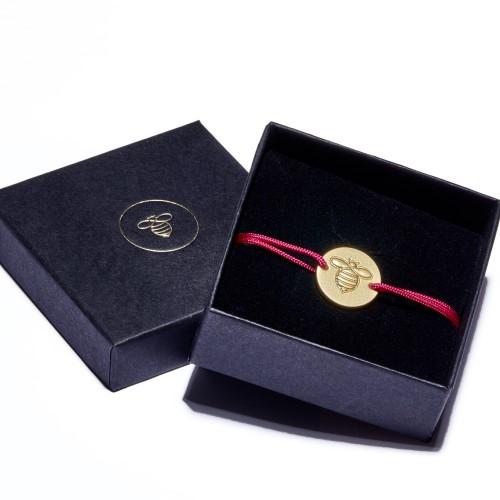 Frombee, Armband, Biene, Gold, Pink, handarbeit, guter zweck, Box, verpackt