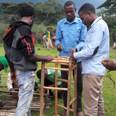 Frombee, Honig, Bienenwachs, nachhaltig, Imkerei, Äthiopien, Bienenstock, selber bauen, Regenwald, Bienen